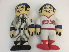 Know a family who can't agree on #NewYorkYankees versus the #BostonRedSox? Here's something for both! Advertising Promo Lot 2 Cloth Baseball character vintage dolls.