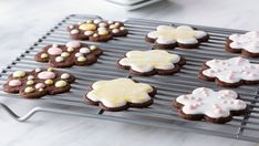 Galletas de mantequilla decoradas con glasa real (Decorated shortbread cut-out cookies) - Receta - Canal Cocina