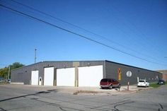 Rare industrial building opportunity. This real estate won't last long. Click on link for full details: http://auctions.micoley.com/view-auctions/catalog/id/78/lot/2100?url=/view-auctions/individual-lots/?key=410+S+Bellis+Street+&submit.x=0&submit.y=0&submit=Submit