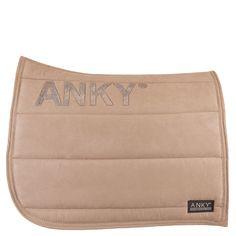ANKY Saddle Pad in Khaki mooi kleurtje lekker bijpassend met een beige rijbroek en zandkleurige bandages