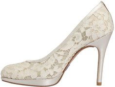 a71edc8c9c6 Stuart Weitzman I Do Swoon Pump in White (ivory lace) - Lyst Lace Pumps