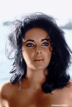 Elizabeth Taylor, so beautiful