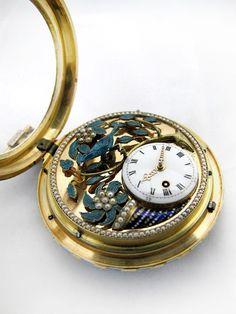 雅克德罗 (Jaquet Droz)——中国市场表 Old Pocket Watches, Singapore Fashion, Fashion Beauty, Mens Fashion, Grandfather Clock, Automata, Harpers Bazaar, Bellisima, Bracelet Watch