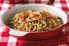 Jednoduché a variabilné cestoviny majú svoje miesto v každej kuchyni... Japchae, Spaghetti, Good Food, Food And Drink, Ethnic Recipes, Healthy Food, Noodle, Yummy Food