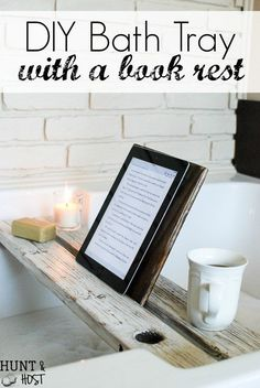 DIY tutorial for a bath tray with a book rest! This bath caddy will make your relaxing hot tub time even more luxurious! Diy Bathroom, Wood Diy, Diy Bathroom Design, Bath Tray, Diy Bath Products, Easy Woodworking Projects, Pallet Diy, Diy Tray, Caddy Diy