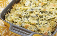 Spinach Artichoke Dip Pasta Casserole - Guess What We Did! We Took Our Favorite Dip And Turned It Into A Pasta! Italian Dishes, Italian Recipes, Great Recipes, Favorite Recipes, Italian Pasta, Casserole Recipes, Pasta Recipes, Cooking Recipes, Pasta Casserole