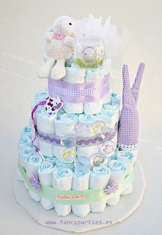Violet and Green diaper cake by www.fancyparties.es #diapercake #diaper #newborngift