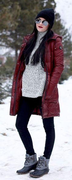 Fashionable Women Snow Outfits for This Winter