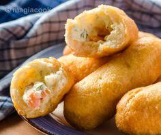 Πιροσκί νηστίσιμα | magiacook Pretzel Bites, Shrimp, Sausage, Dairy, Bread, Cheese, Vegan, Food, Sausages