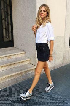 Chiara Ferragni con sneakers de Hogan.
