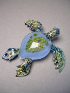 Sculptured Glass Sea Turtle paperweight swimming by Glassnfire