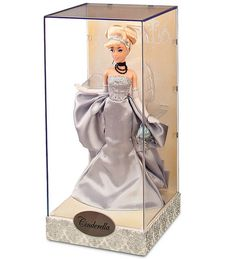 D23 Exclusive Designer Cinderella Released: 2011 Limited edition size: 250