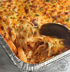 How to Make a Killer Baked Ziti with Extra Virgin Olive Oil Onion Garlic Marinara Sauce Sea Salt Freshly Ground Black Pepper Dried Ziti Whole Milk Ricotta Cheese Egg Freshly Grated Parmesan Cheese Mozzarella Cheese Provolone Cheese Casserole Recipes, Pasta Recipes, Dinner Recipes, Cooking Recipes, Dinner Ideas, Chicken Casserole, Potluck Ideas, Kraft Recipes, Spaghetti Recipes