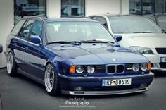 BMW E34 M5 Touring blue