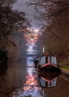 Canal boat Canal Boats England, Boat Pics, Canal Barge, Narrowboat Interiors, Amsterdam Photography, Boat Stuff, Floating House, Travel Light, Beautiful Places