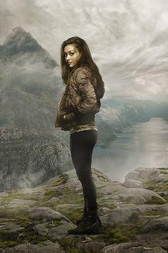 Raven Reyes (Lindsey Morgan) - The 100 The 100 Cast, The 100 Show, It Cast, Lindsey Morgan, Eliza Taylor, Bellarke, Best Tv Shows, Best Shows Ever, The 100 Raven