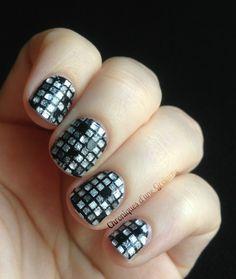 L'Oréal Nail patch Disco Diamond. So cool!