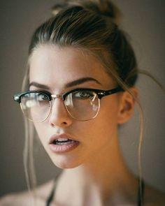2020 Women Glasses Prescription Sports Glasses Designer Prescription Glasses Frame Without Lens 2020 Women Glasses Prescription Sports Glasses Designer Prescription G – ooshoop Designer Prescription Glasses, Prescription Glasses Frames, Fake Glasses, New Glasses, Girls With Glasses, Cool Glasses, Marina Laswick, Fashion Eye Glasses, Cooler Look