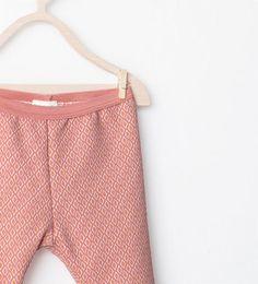 Image 3 de Legging en piqué imprimé de Zara
