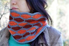 Wave - neck warmer
