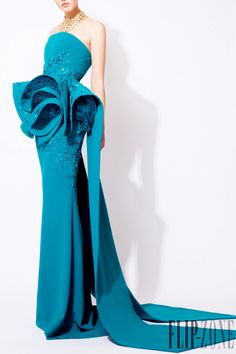 Where the good guy can get his kinks, fashion-runways:     AZZI & OSTA Couture...