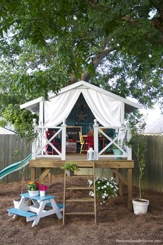 the inspired room backyard-tree-house designs. 2 – This Handmade Hideaway from The Handmade Home could inspire a whole summer's worth of backyard fun for your little ones! Outdoor Fun, Outdoor Spaces, Outdoor Living, Outdoor Seating, Outdoor Stuff, Outdoor Fabric, Outdoor Toys, Backyard Trees, Backyard Fort