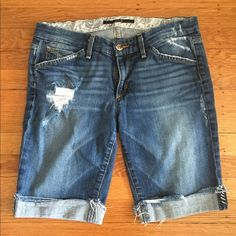 """Joe Jeans denim shorts size 28 My daughter loved these shorts!  So much I'm fact that she bought two pairs!  This is the second pair she didn't wear as much due to a growth spurt!  The are in great condition.  They are """"Gemma"""" color washed.  These shorts were dry cleaned only and come from a smoke free pet free home.  Feel free to ask any questions Joe's Jeans Shorts Jean Shorts"""