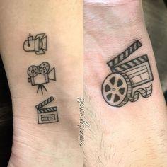 Camera Tattoo Designs - Best 14 Ideas ( With Pictures ) Mini Tattoos, Cute Tattoos, Body Art Tattoos, Small Tattoos, Geek Tattoos, Tatoos, Camera Film Tattoo, Camera Tattoo Design, Cinema Wallpaper