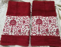 Ralph Lauren fabric PORCELAIN RED  /2 Decorated Hand Towels  #CustomDecorated #Linens Grey Hand Towels, Kitchen Hand Towels, Hand Towel Sets, White Towels, Yorkshire Rose, Ralph Lauren Fabric, Waverly Fabric, Owl Fabric