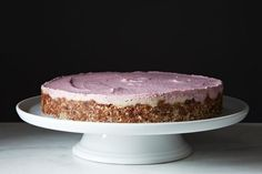 #SexyShredRecipes Raw, Vegan Strawberry Vanilla Cheesecake | swap agave with an approved sweetener.