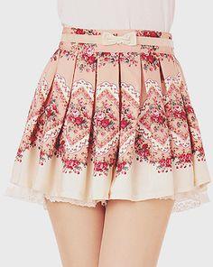 Cute Vintage Floral Pleated Skirt.