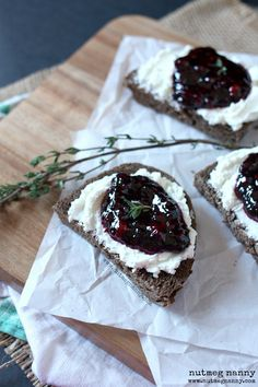 Goat Cheese and Blackberry Thyme Jam Crostini