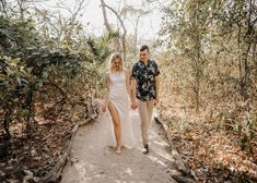 🦥🌴#elopementwedding #costarica #theweddingdesignercr #costaricaweddingplanner #weddingplannercostarica  Fotógrafos: @rawshoots