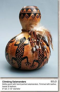 Native American Pottery, Native American Art, Indian Crafts, Indian Art, Southwest Home Decor, Decorative Gourds, Pyrography Patterns, Gourds Birdhouse, Jar Art