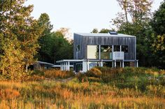Dwell - A Lakeside Home Brings a Scandinavian Sensibility to the Midwest