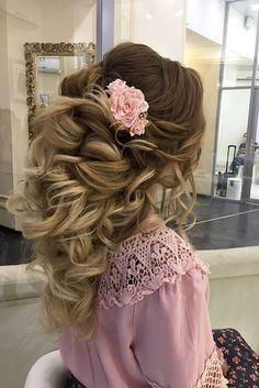 "Killer Swept-Back Wedding Hairstyles ??? See more: <a href=""http://www.weddingforward.com/swept-back-wedding-hairstyles/"" rel=""nofollow"" target=""_blank"">www.weddingforwar...</a> <a class=""pintag"" href=""/explore/weddings/"" title=""#weddings explore Pinterest"">#weddings</a> <a class=""pintag"" href=""/explore/hairstyles/"" title=""#hairstyles explore Pinterest"">#hairstyles&lt..."