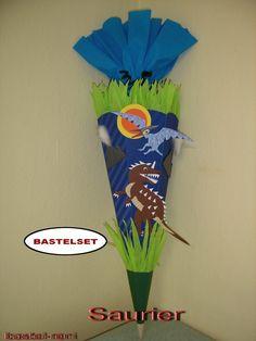 Schultüten - BASTELSET Schultüte Zuckertüte Saurier Dino T-Rex - ein Designerstück von bastel-reni bei DaWanda