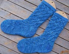 Scroll lace socks
