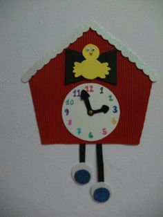Saat yapımı Arts And Crafts Projects, School Projects, Projects To Try, Clock Craft, Diy Clock, Activities For Dementia Patients, Art For Kids, Crafts For Kids, Preschool Furniture