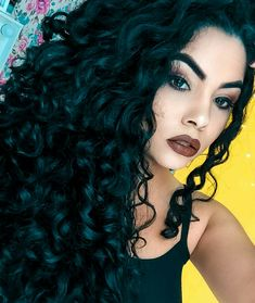Healthy breakfast ideas for picky eaters women video Curly Hair Styles, Natural Hair Styles, Beauty Makeup, Hair Makeup, Girl Inspiration, Pretty Eyes, Afro, Your Hair, Curls