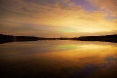 Amazing night lake afterglow view #landscapes #finnishnature #naturelovers #natureaddicts #allwhatsbeautiful  #yleluonto #suomenluonto #thebestoffinland  #suomenluontokuvaajat #afterglow