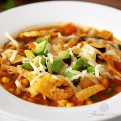 Easy Homemade Chicken Tortilla Soup - Chicken tomatoes corn black beans avocado cheese and addictively crunchy tortilla strips! Fast easy weeknight meal and better than from a restaurant! Healthy Recipes, Mexican Food Recipes, Dinner Recipes, Slow Cooking, Cooking Recipes, Cooking Light, Think Food, Soup And Salad, Soups And Stews