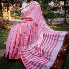 Fine Woven Mangalgiri Cotton saree in lovely colors . Has multicolor borders and a contrast palla Comes with a blouse piece in the palla color Very elegant for Sari Silk, Cotton Saree, Saree Blouse Neck Designs, Handloom Saree, Saree Collection, Indian Sarees, Designer Wear, Indian Wear, Hand Weaving