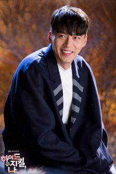 Hyde Jekyll y Robin de Hyun Bin Hyun Bin, Korean Celebrities, Korean Actors, Korean Men, Hyde Jekyll Me, Robin, Korean Drama Quotes, Ha Ji Won, Lee Seung Gi