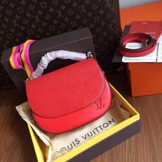 Louis Vuitton LUNA M42675 for sale at www.ccbellavita.eu