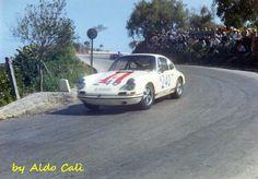 n.240 Porsche 911 R , Dieter Spoerry - Pauli Toivonen