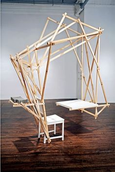 Allen Wexler chair and table. et exosquelette - Eric, maybe your idea for the prototype can work. Art Furniture, Design Furniture, Unique Furniture, Chair Design, Design Table, Luxury Furniture, Wood Design, Design Art, Kunst Design