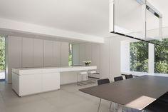 Een project van Minus in Keerbergen... White clean minimal interior