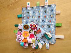 Taggie Blanket Tutorial - DIY Beginner Baby Present - Sew Adorable Fabrics