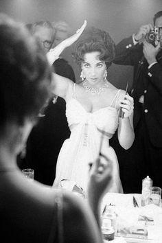 Elizabeth Taylor photographed by John Bryson, 1959.